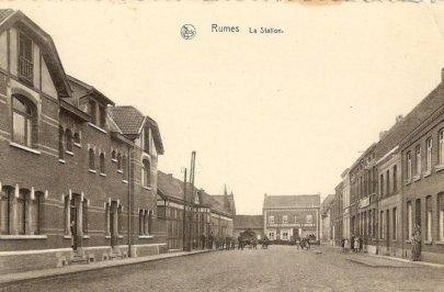 l`entrée de la gare de Rumes