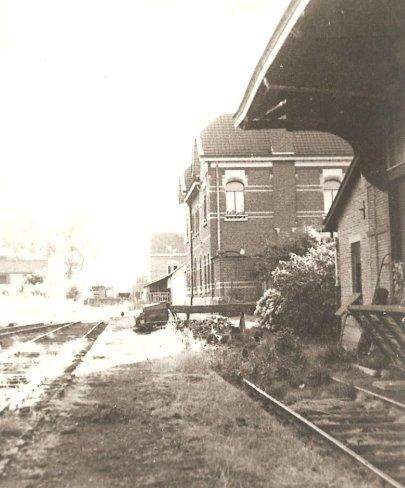 1968 la gare de Rumes abandonnée