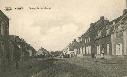 Rumes , chaussée de Douai